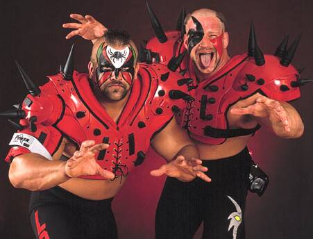 les Road Warriors (ou Legion of Doom)
